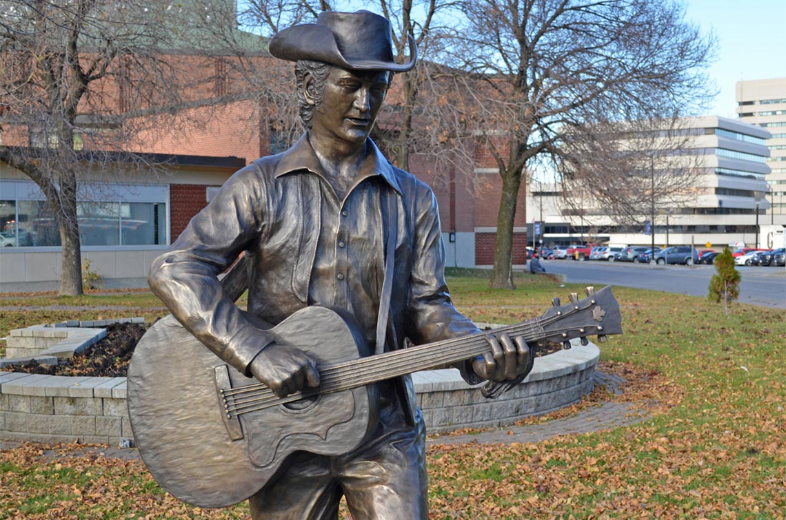 Stompin' Tom Connors, Life-sized bronze, Sudbury, ON